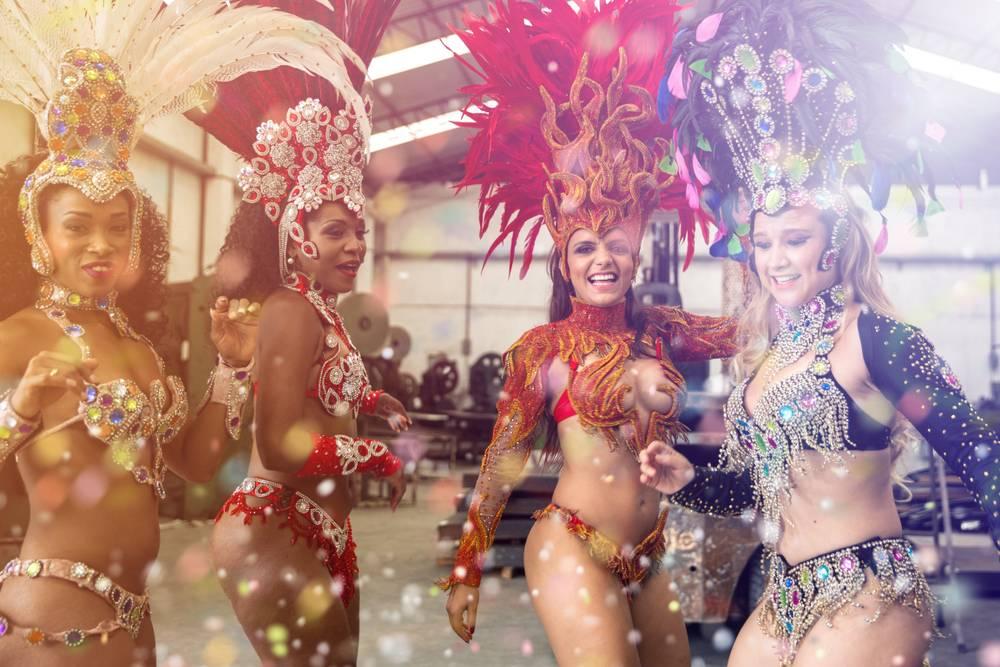 Brazílske ženy - karnevalové kostýmy
