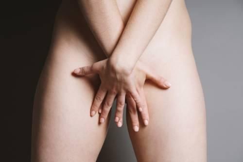 Cucflek na intímnych miestach ženy